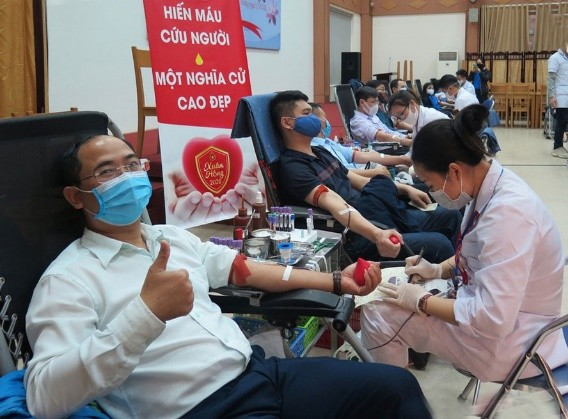 Can You Donate Blood After the COVID-19 Vaccine